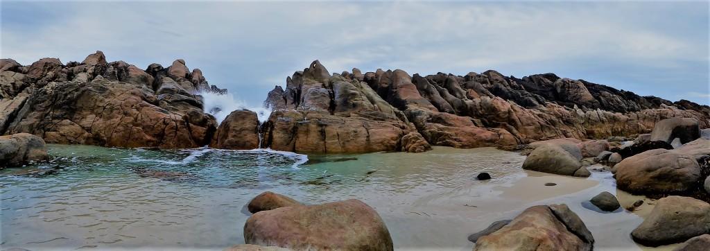 waves crashing over the rocks creating injidup natural spa